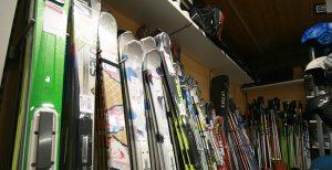 Ski & Snowboard Vermietung